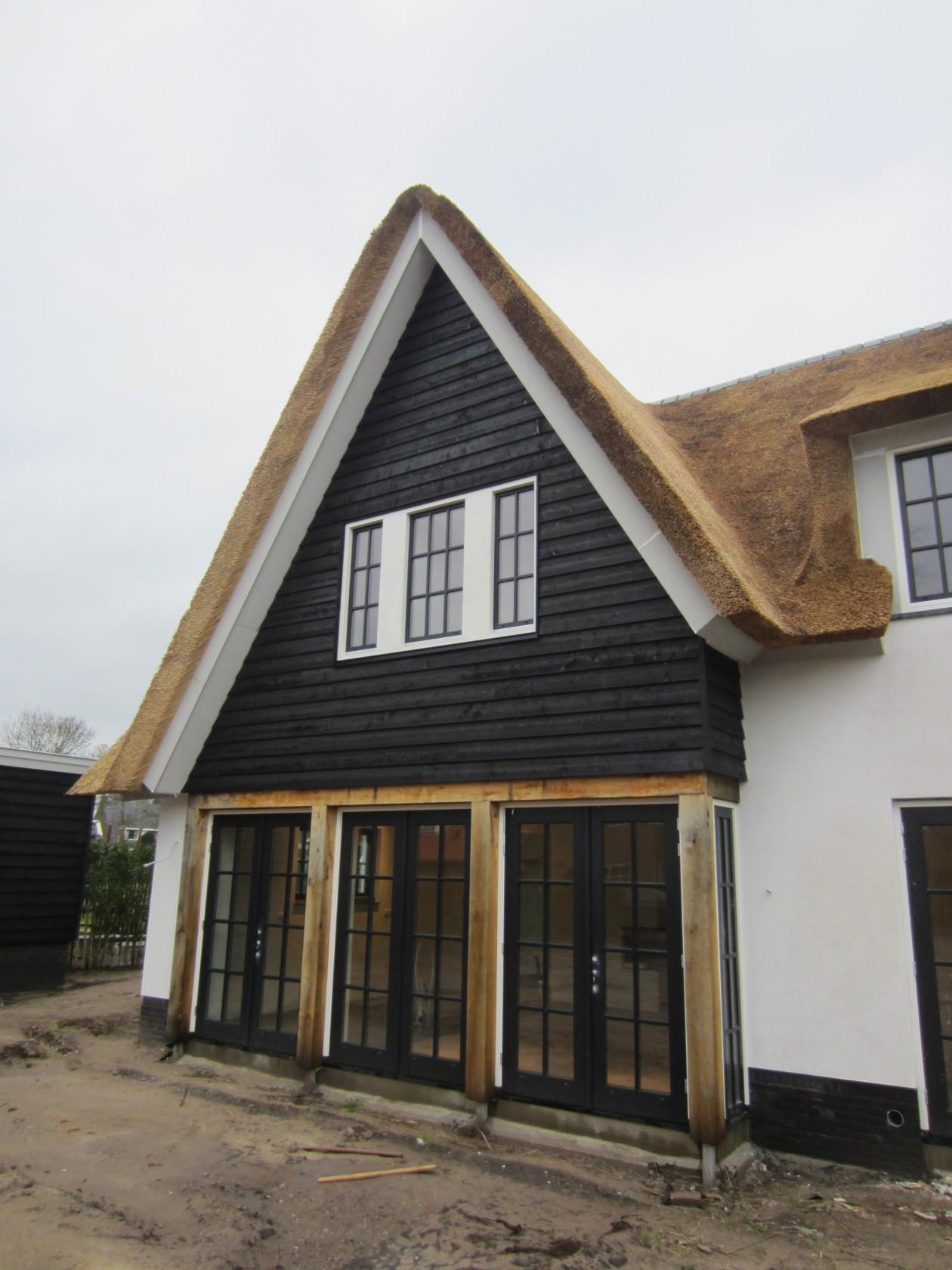 Landelijke woning blaricum bouwbedrijf blauhuis - Gevel eigentijds huis ...