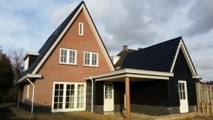 Vrijstaand woonhuis in landelijke stijl