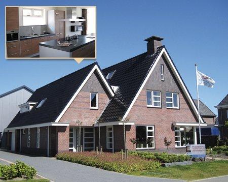 Fabulous een huis laten bouwen in friesland bouwbedrijf for Houten huis laten bouwen